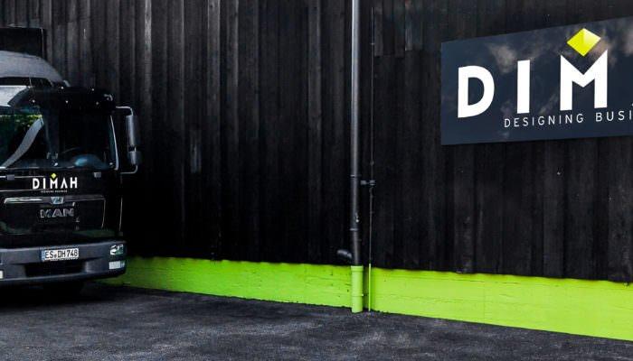 DIMAH Messe + Event Markenlogo mit Transporter des Unternehmens