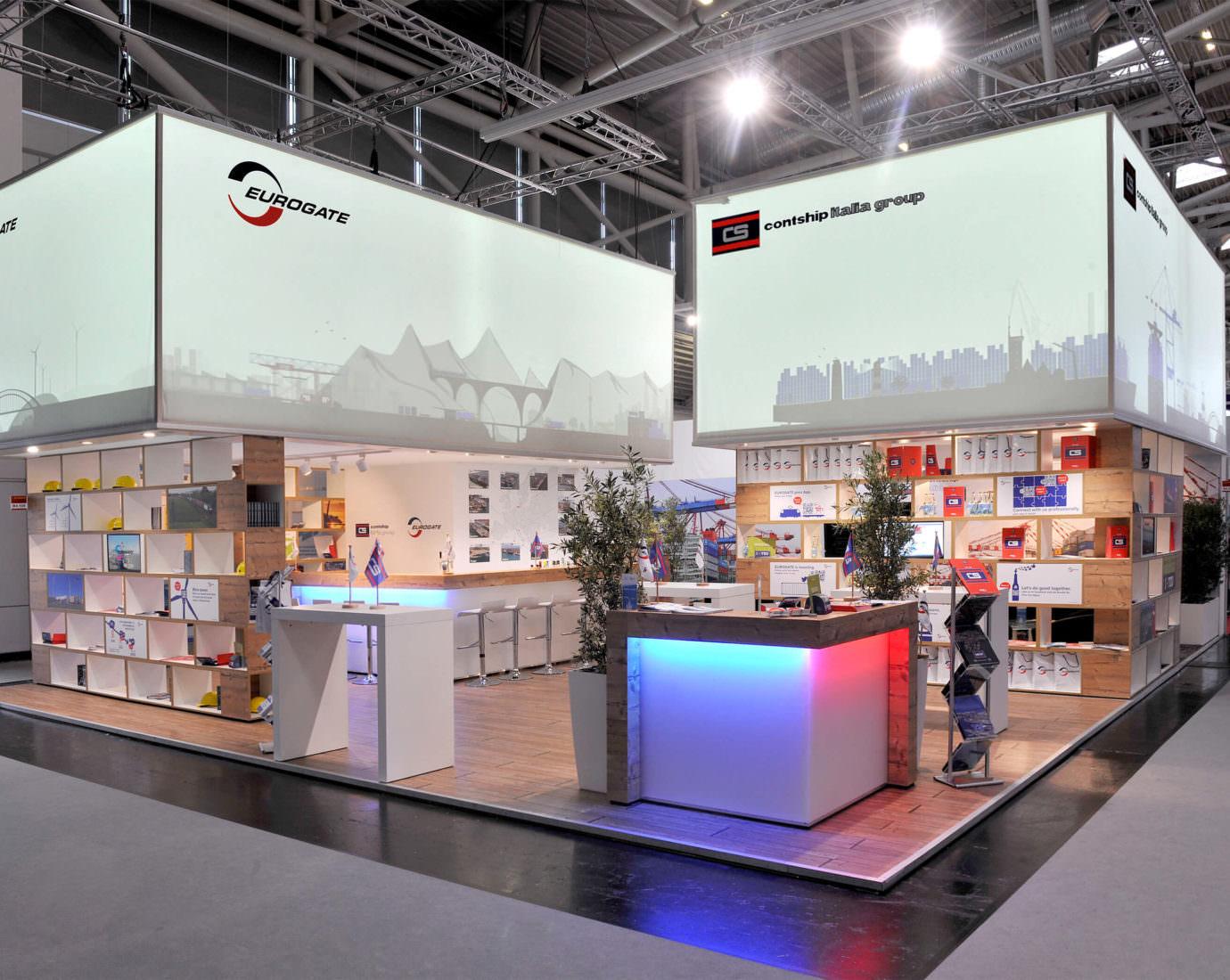 Messestand für Eurogate mit Lichteffekten für ideale Markenkommunikation